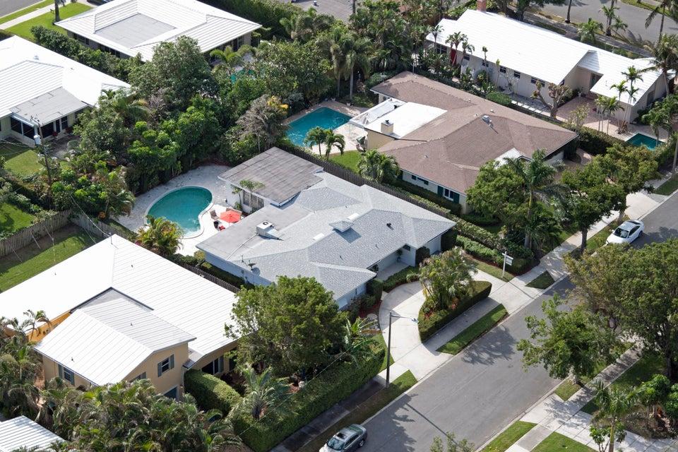 150 Worth Court West Palm Beach, FL 33405 photo 3