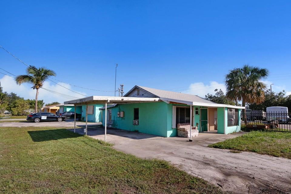1658 Lone Pine Way Palm Springs, FL 33406 photo 3