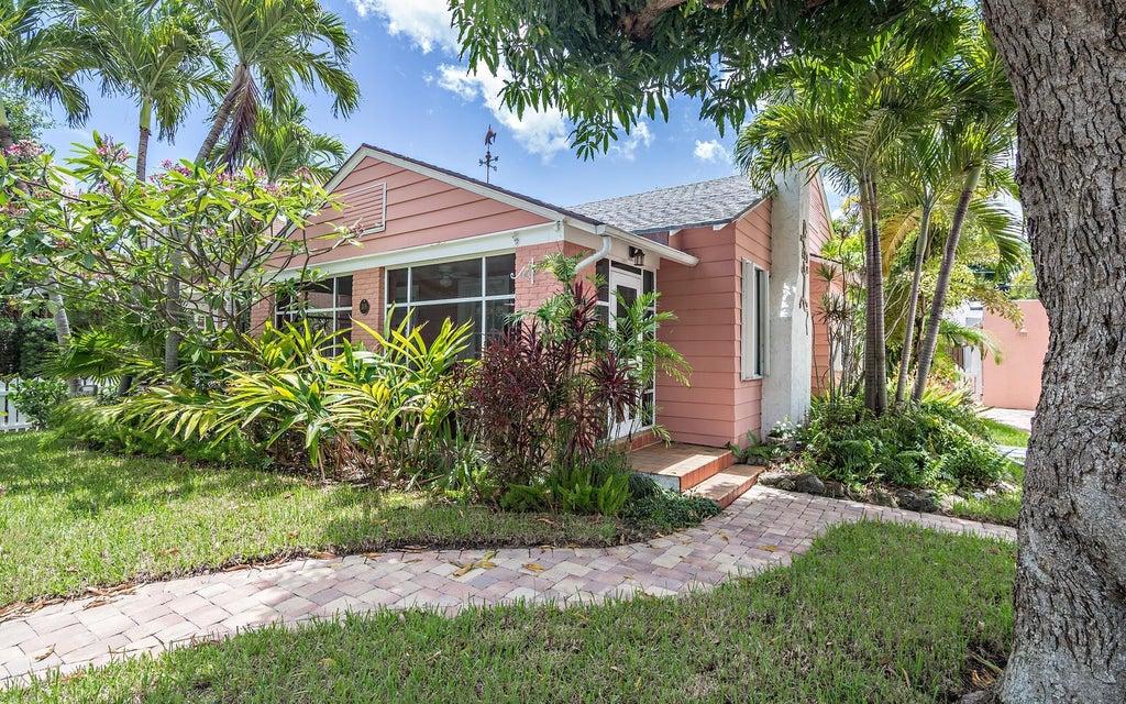 306 Vallette Way  West Palm Beach FL 33401