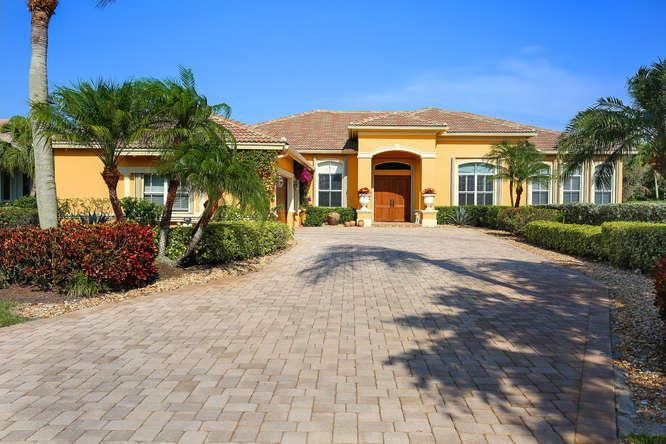 7994 Fairway Lane  West Palm Beach, FL 33412