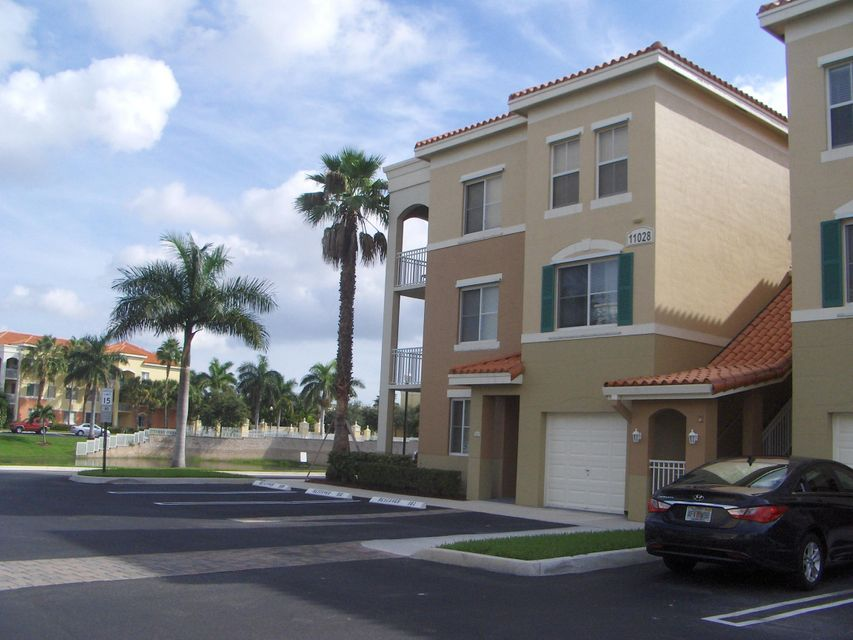 11028 Legacy Drive 204 , Palm Beach Gardens FL 33410 is listed for sale as MLS Listing RX-10394538 9 photos
