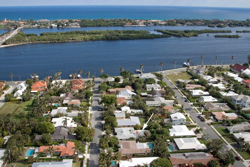 150 Worth Court West Palm Beach, FL 33405 photo 2