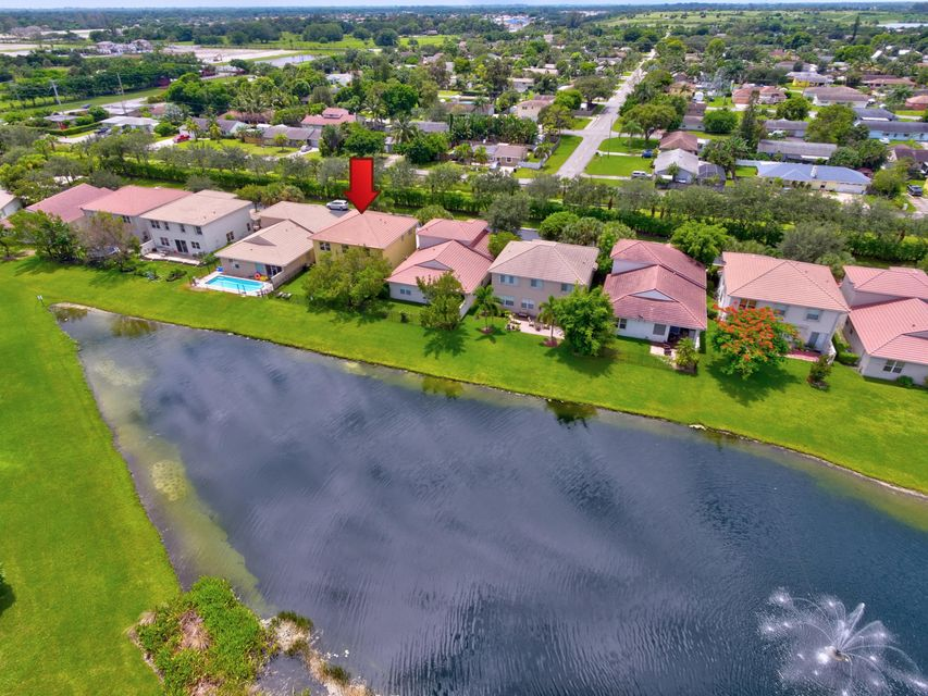 9163 Citrus Isle Lane Lake Worth, FL 33467 photo 4