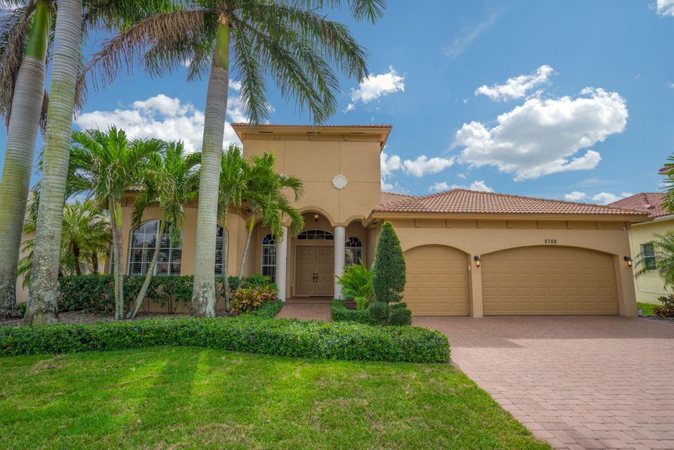 8788 Club Estates Way Lake Worth, FL 33467 photo 1