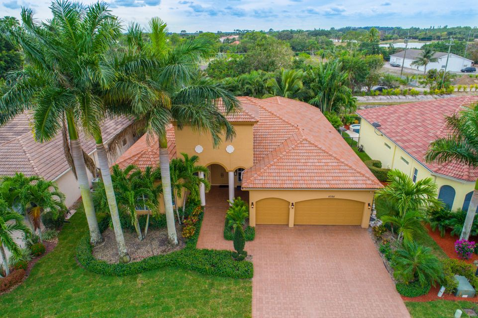 8788 Club Estates Way Lake Worth, FL 33467 small photo 2