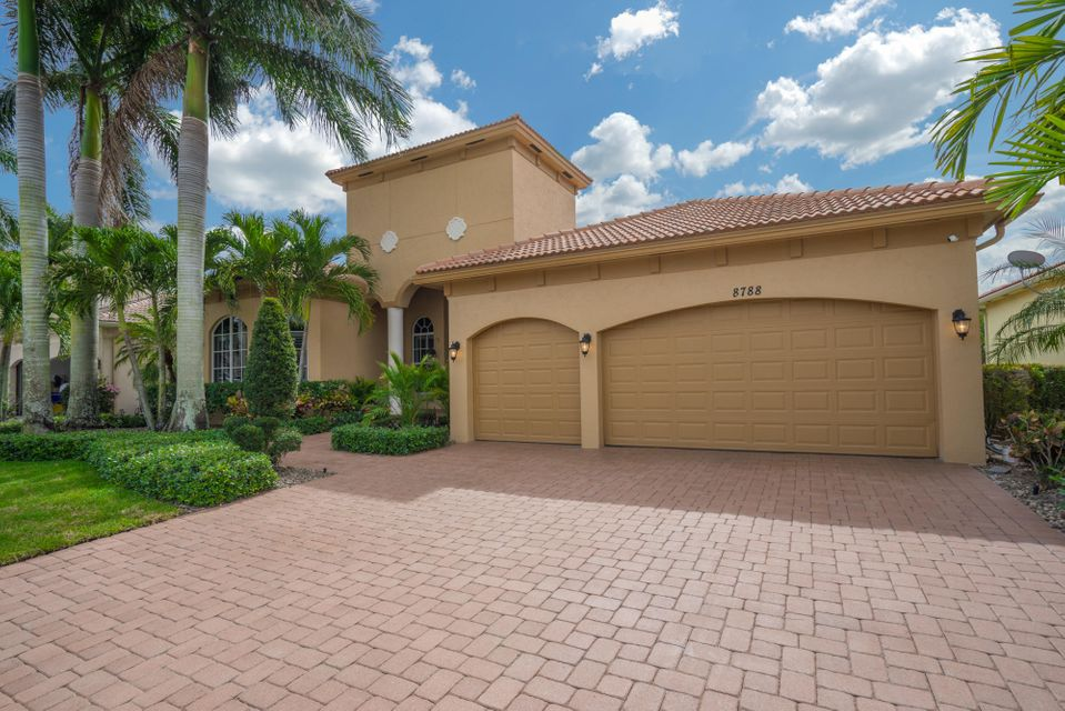 8788 Club Estates Way Lake Worth, FL 33467 small photo 4