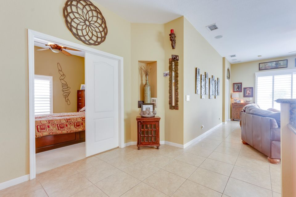 206 Berenger Walk Royal Palm Beach, FL 33414 photo 12