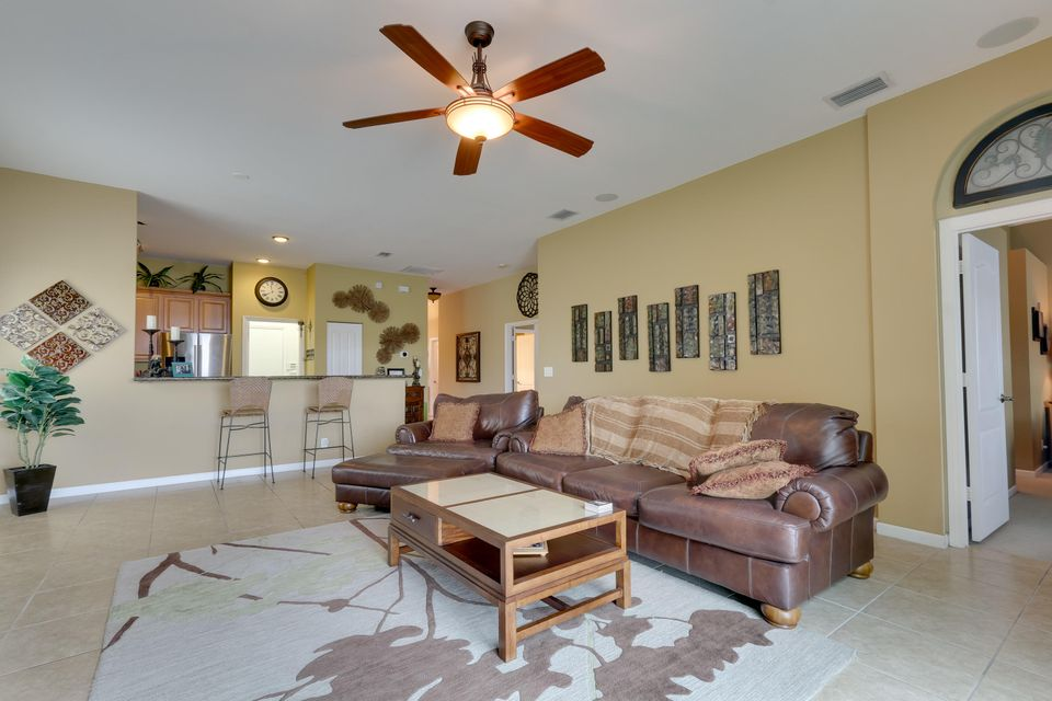 206 Berenger Walk Royal Palm Beach, FL 33414 photo 20