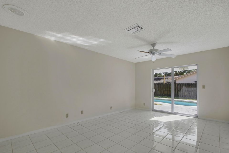 2350 NW 30th Road Boca Raton, FL 33431 photo 10
