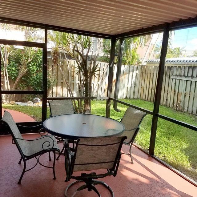 3546 Gardens Drive B , Palm Beach Gardens FL 33410 is listed for sale as MLS Listing RX-10378832 36 photos