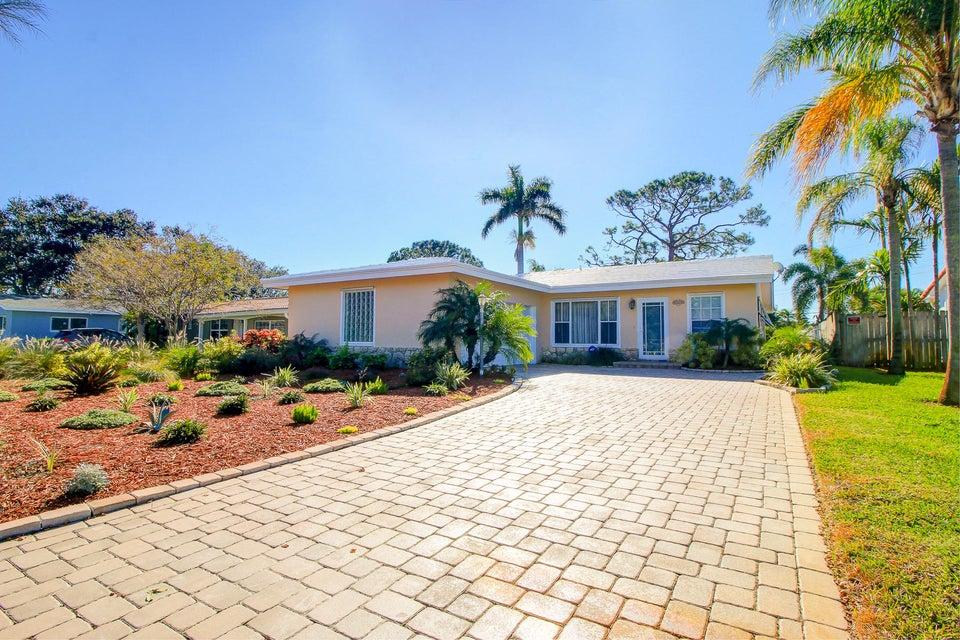 Single Family Home for Sale at 1778 NE 38th Street 1778 NE 38th Street Oakland Park, Florida 33334 United States