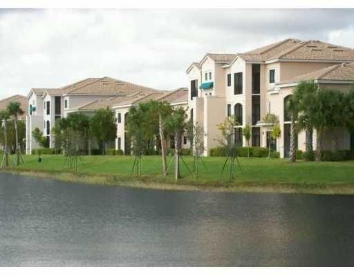 2810 Grande Parkway 106 , Palm Beach Gardens FL 33410 is listed for sale as MLS Listing RX-10393508 14 photos