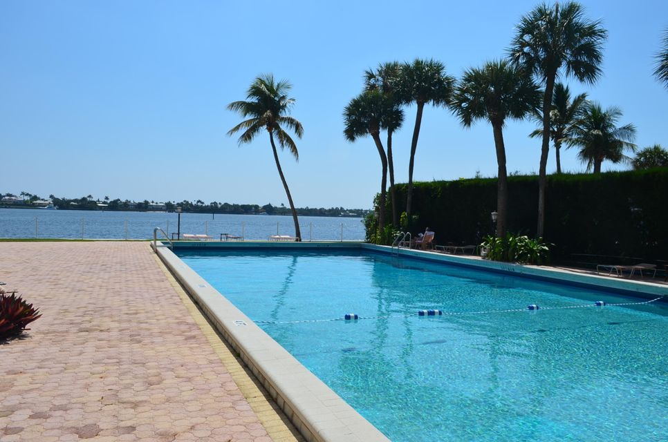 Condominium for Rent at 2800 N Flagler Drive # 503 2800 N Flagler Drive # 503 West Palm Beach, Florida 33407 United States