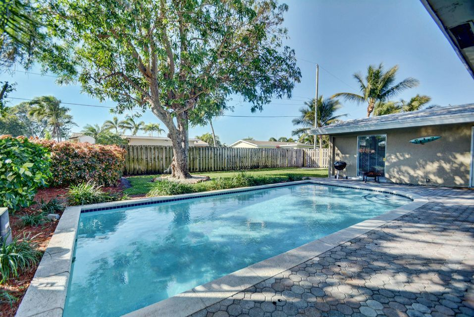 Home for sale in EASTWAY PARK SEC 2 Deerfield Beach Florida