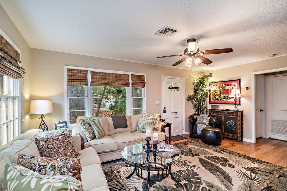 832 Avon Road  West Palm Beach, FL 33401