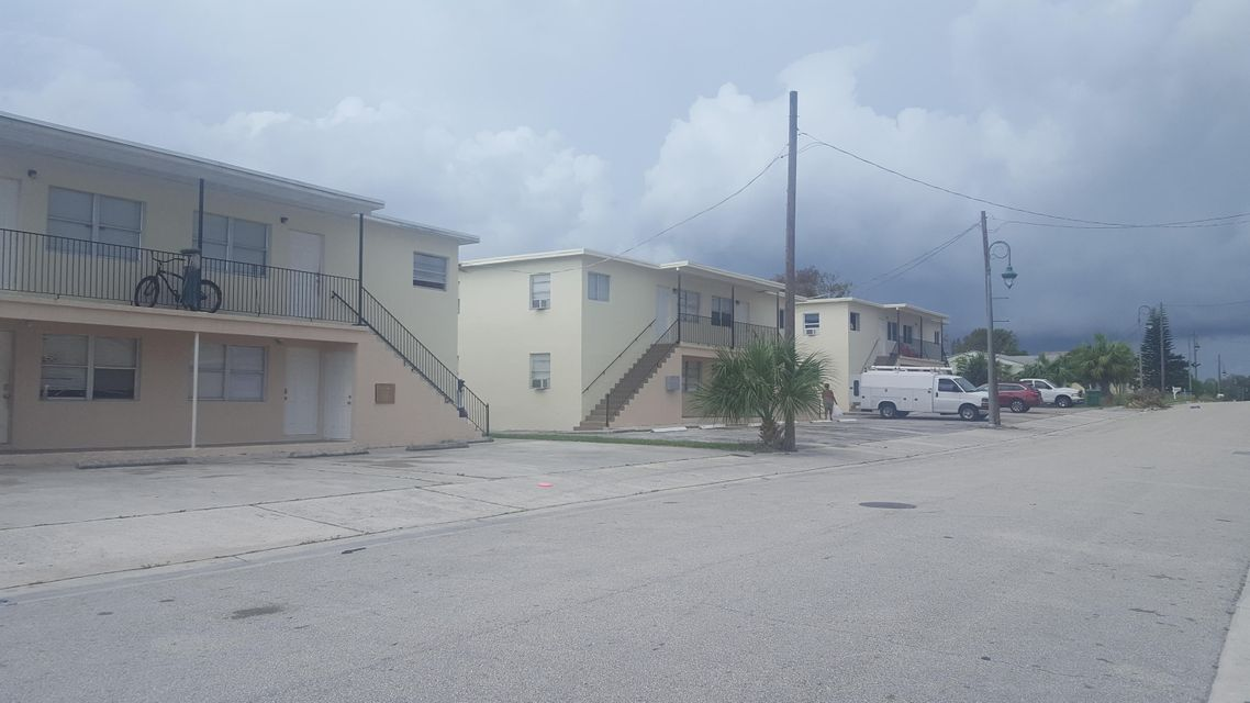 1409 W 31st Street 1433 & 142  West Palm Beach, FL 33410