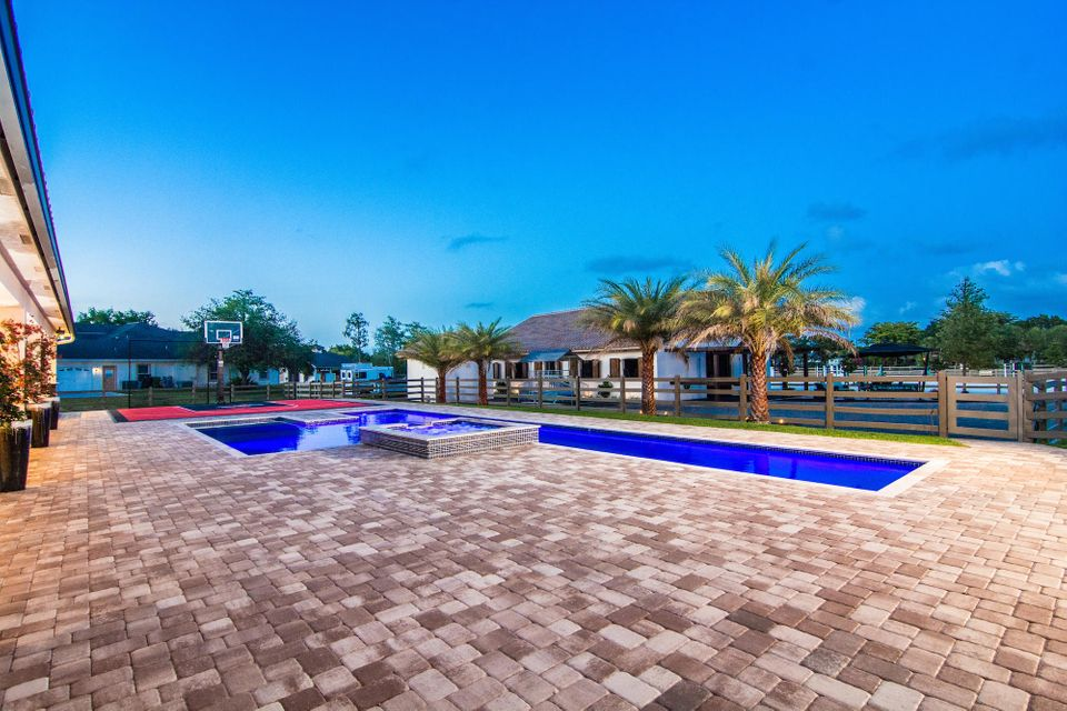 1601  Clydesdale Avenue , Wellington FL 33414 is listed for sale as MLS Listing RX-10393724 photo #18