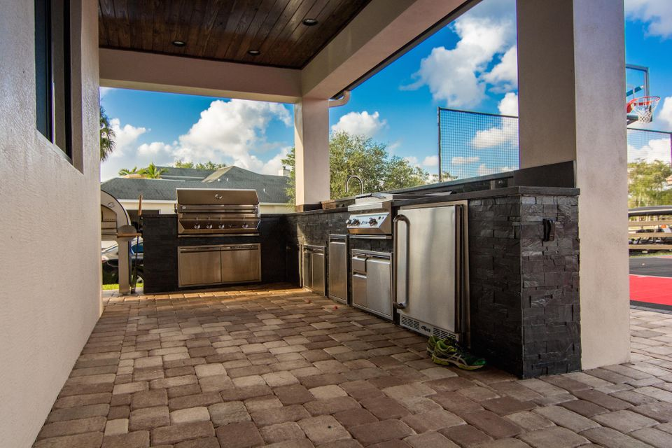 1601  Clydesdale Avenue , Wellington FL 33414 is listed for sale as MLS Listing RX-10393724 photo #19