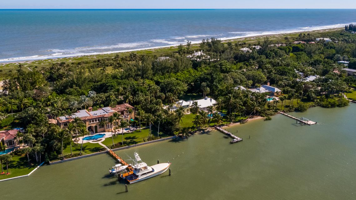 482 S Beach  , Hobe Sound FL 33455 is listed for sale as MLS Listing RX-10394339 photo #11