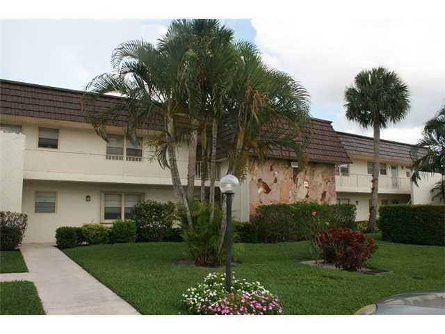 Condominium for Sale at 12002 Poinciana Boulevard # 205 12002 Poinciana Boulevard # 205 Royal Palm Beach, Florida 33411 United States