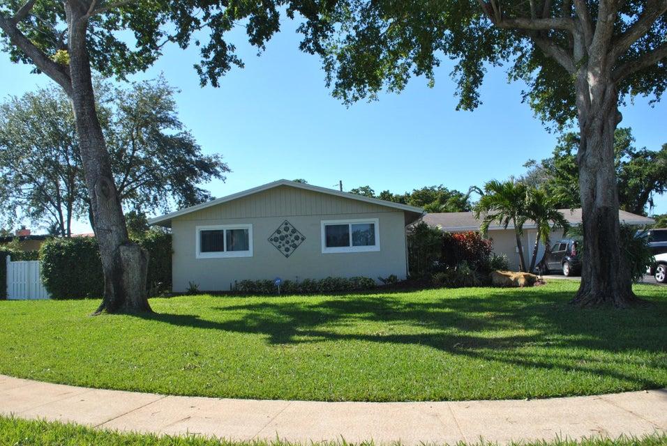 Частный односемейный дом для того Продажа на 5500 Pine Ter 5500 Pine Ter Plantation, Флорида 33317 Соединенные Штаты