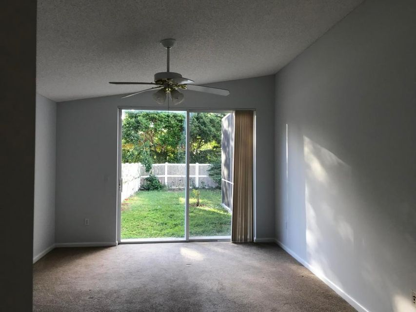 3015 Rockville Lane Royal Palm Beach, FL 33411 photo 7