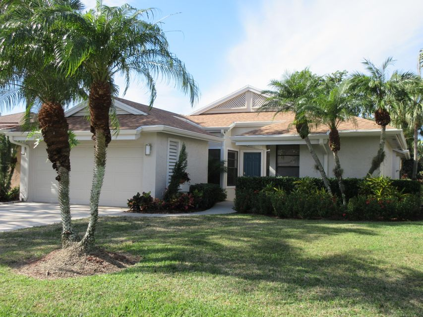 13305 Touchstone Court , Palm Beach Gardens FL 33418 is listed for sale as MLS Listing RX-10394281 27 photos