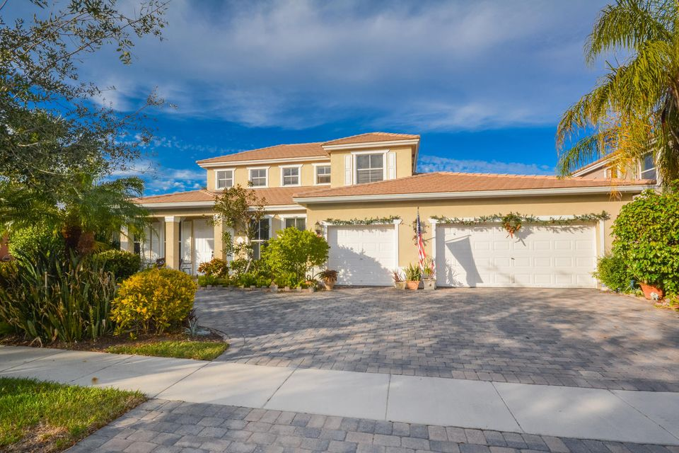 9713 Salt Water Creek Court  Lake Worth, FL 33467