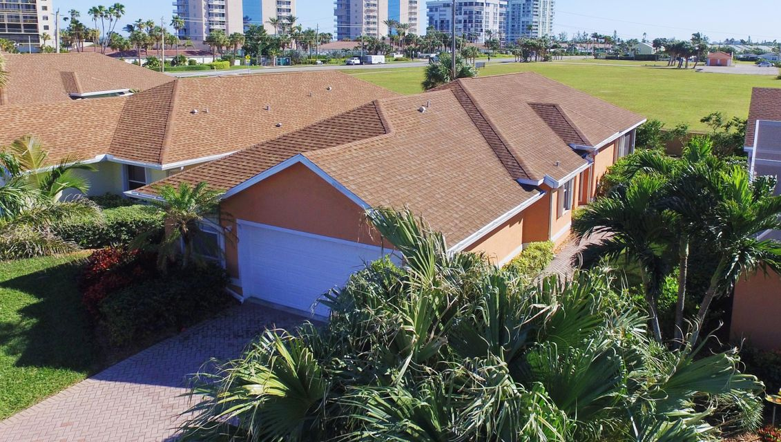 Single Family Home for Sale at 219 River Walk # 10 Hutchinson Island, Florida 34949 United States