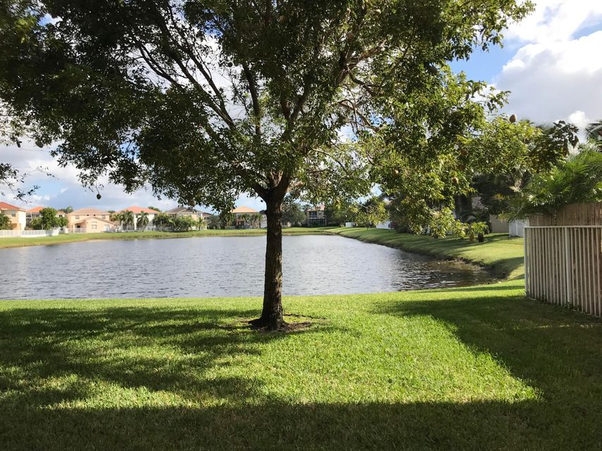 7360 Via Luria Lake Worth, FL 33467 small photo 3