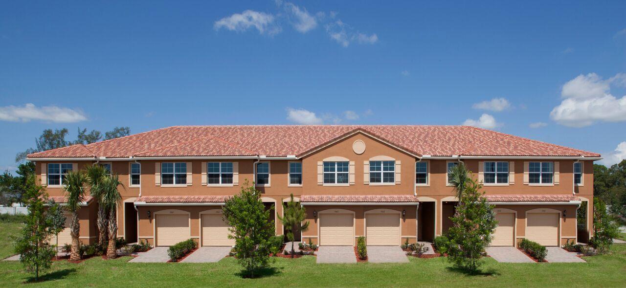 联栋屋 为 销售 在 5778 Monterra Club Drive # Lot # 103 5778 Monterra Club Drive # Lot # 103 Lake Worth, Florida 33463 United States