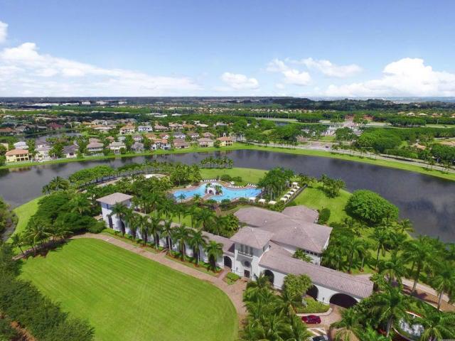 2555 Treanor Terrace Wellington, FL 33414 photo 1