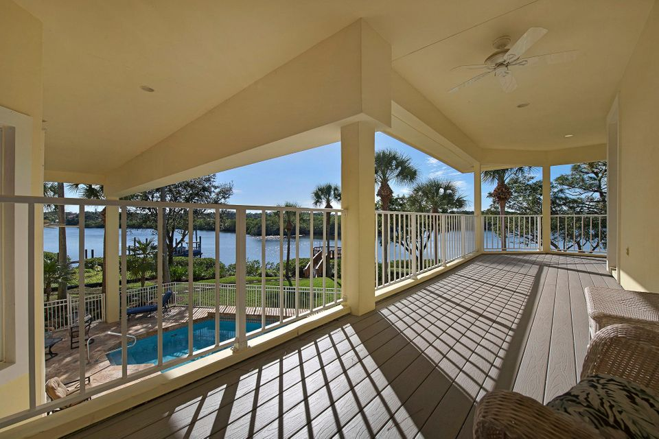 Additional photo for property listing at 8818 SE Riverfront Terrace 8818 SE Riverfront Terrace Tequesta, Florida 33469 Estados Unidos