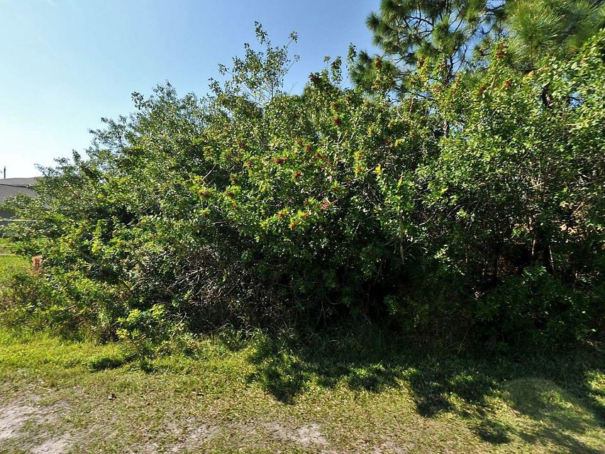 Single Family Home for Sale at 6448 NW Hacienda Court 6448 NW Hacienda Court Port St. Lucie, Florida 34986 United States