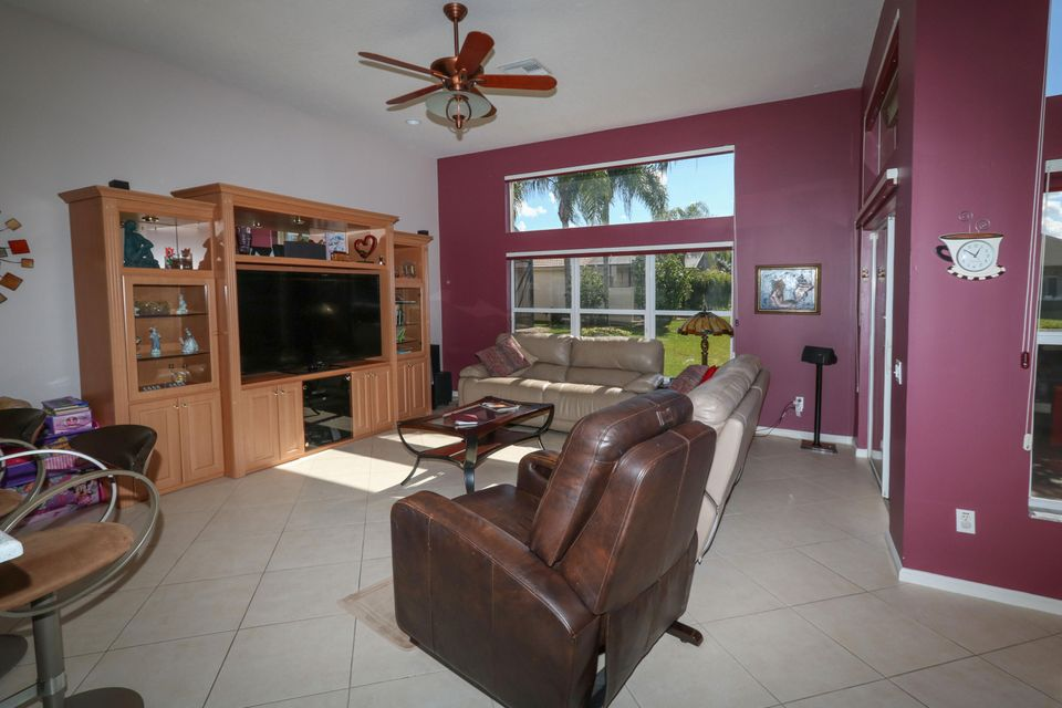 8168 Playa Del Sur Boulevard Lake Worth, FL 33467 photo 17