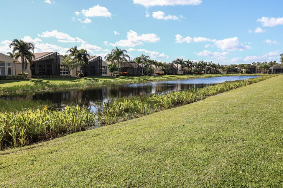 8168 Playa Del Sur Boulevard Lake Worth, FL 33467 photo 22