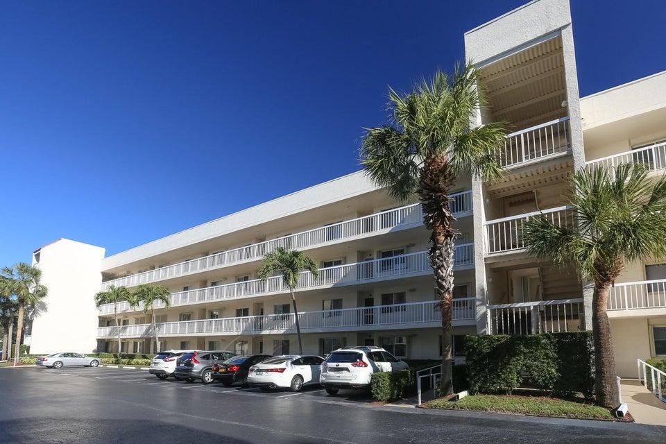 Condominium for Sale at 3146 Via Poinciana # 306 Lake Worth, Florida 33467 United States