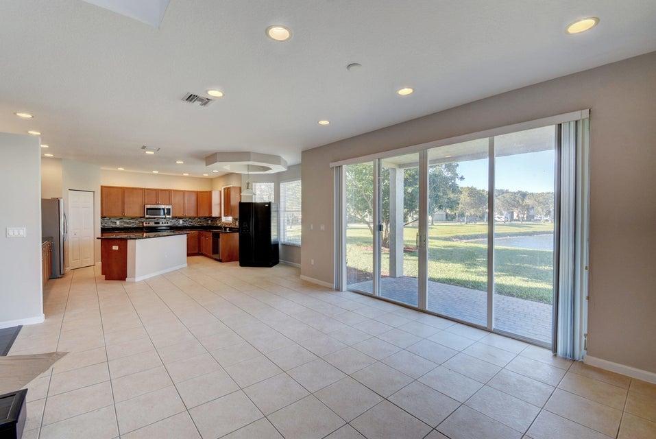 2371 Waburton Terrace Wellington, FL 33414 photo 10