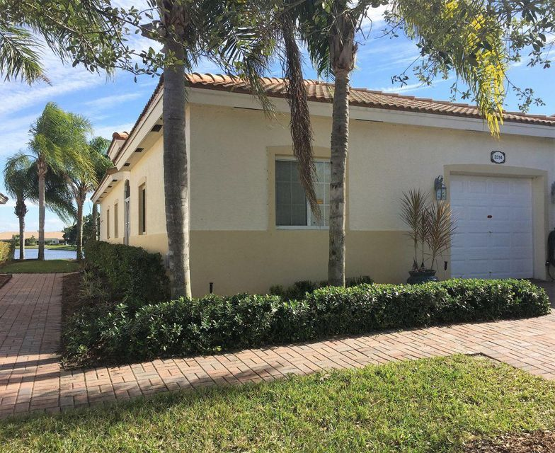 2314 Windjammer Way  West Palm Beach FL 33411