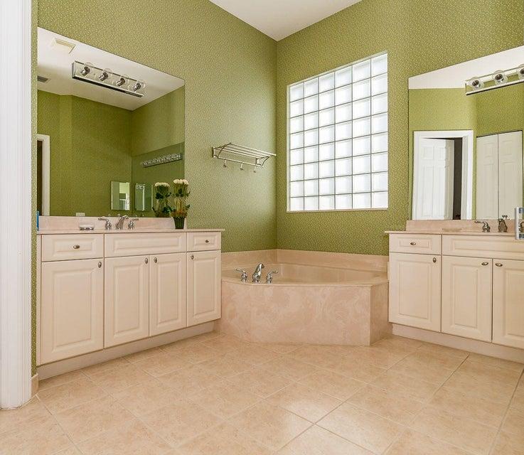 5785 Fountains Drive Lake Worth, FL 33467 photo 19