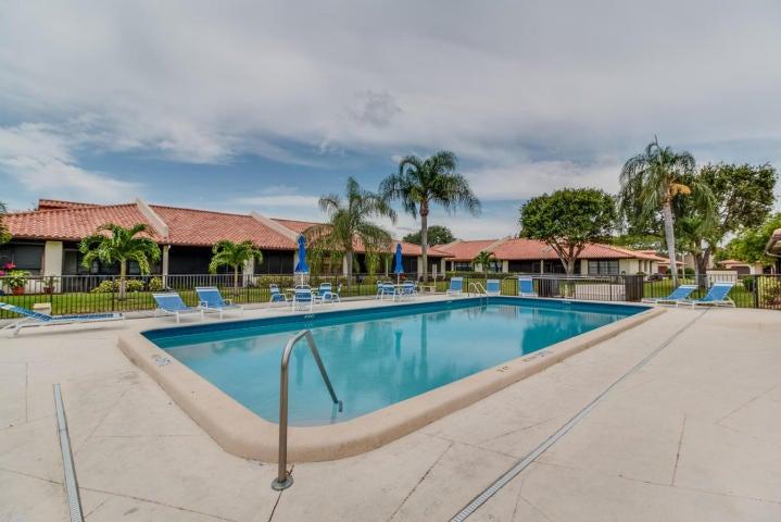 46 Bethesda Park Circle Boynton Beach, FL 33435 - photo 23