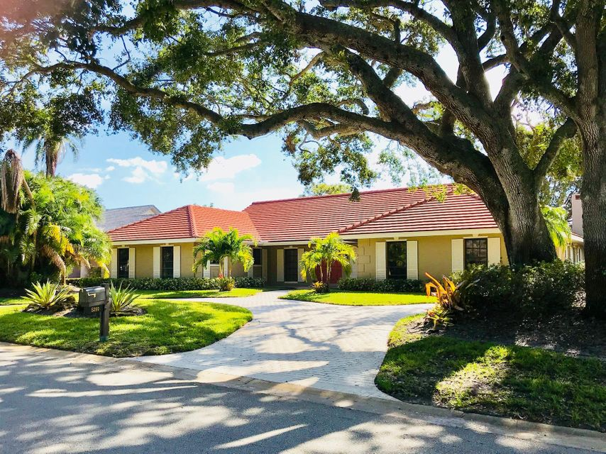 Single Family Home for Sale at 5290 SE Burning Tree Circle 5290 SE Burning Tree Circle Stuart, Florida 34997 United States