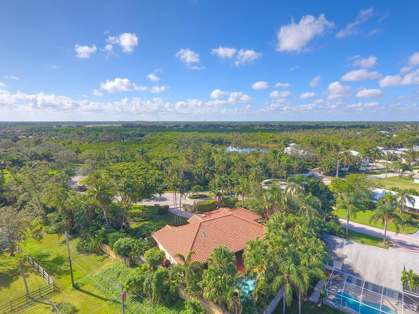 Additional photo for property listing at 511 SW Bay Pointe Circle 511 SW Bay Pointe Circle Palm City, Florida 34990 United States