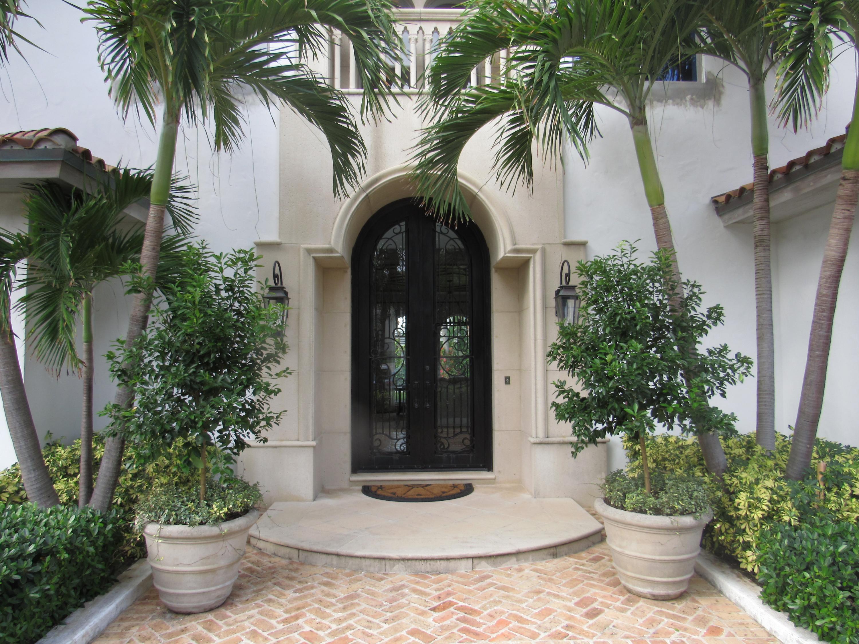 1066 N Ocean Boulevard , Palm Beach FL 33480 is listed for sale as MLS Listing RX-10394555 photo #4