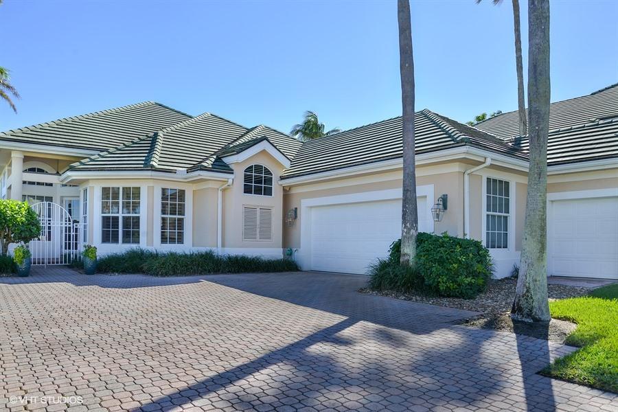 Villa for Sale at 7000 SE Lakeview Terrace Stuart, Florida 34996 United States