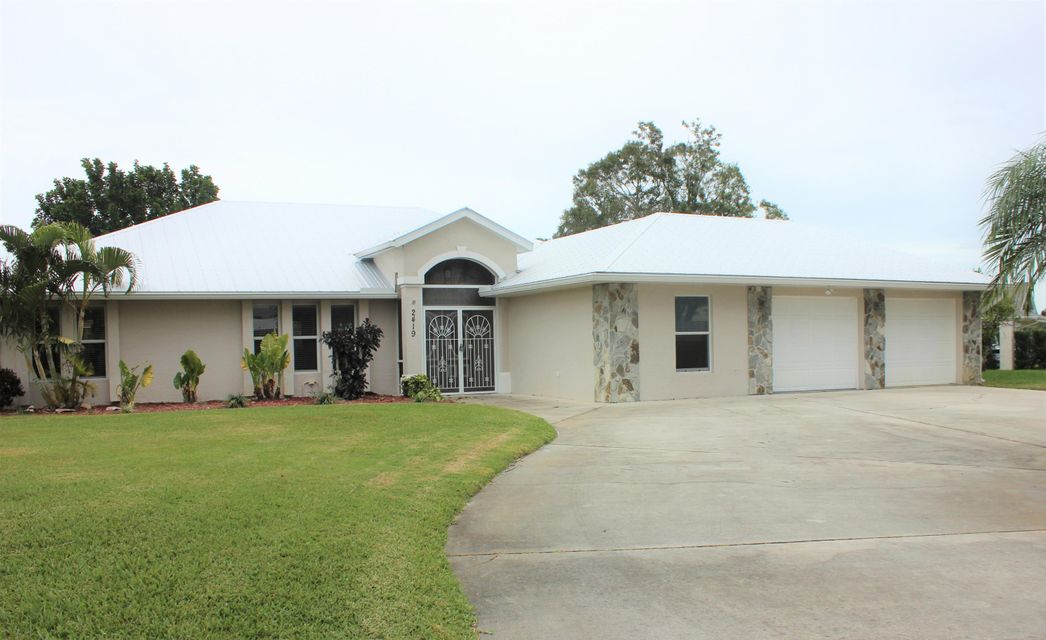 Single Family Home for Sale at 2419 SW 12th Terrace 2419 SW 12th Terrace Palm City, Florida 34990 United States