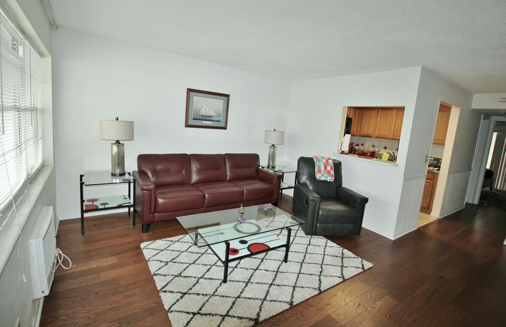 Condominium for Sale at 20 Bedford A 20 Bedford A West Palm Beach, Florida 33417 United States