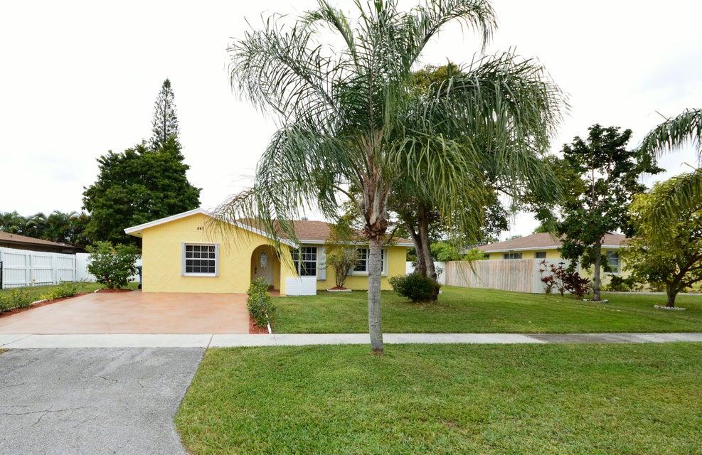 845 Camellia Drive Royal Palm Beach, FL 33411 photo 2