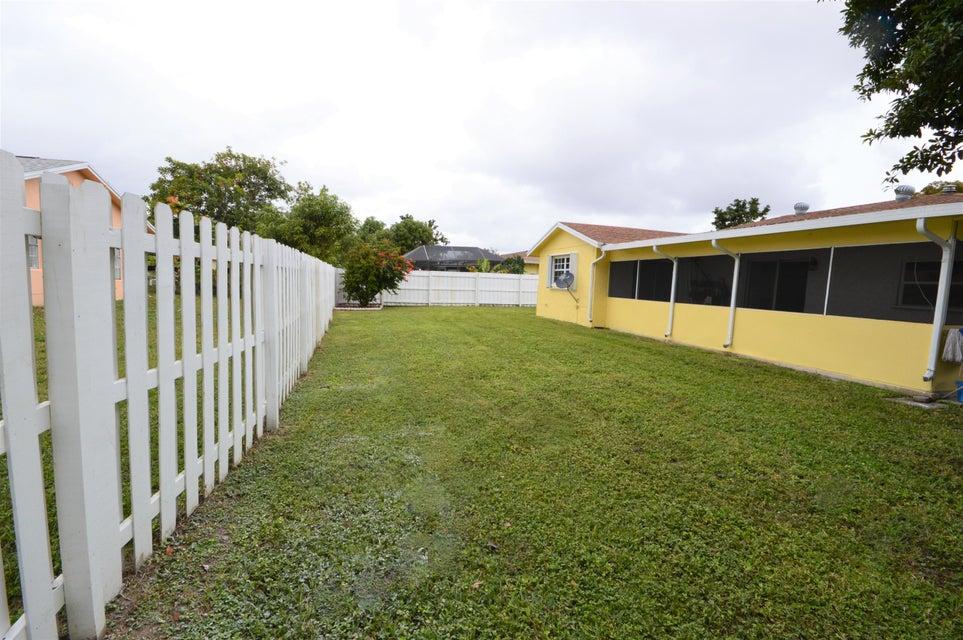 845 Camellia Drive Royal Palm Beach, FL 33411 photo 9