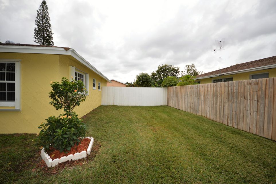 845 Camellia Drive Royal Palm Beach, FL 33411 photo 10